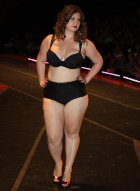 Sizély - Fashion Weekend Plus Size Inverno 2013 - Foto: Gabriel Ortiz